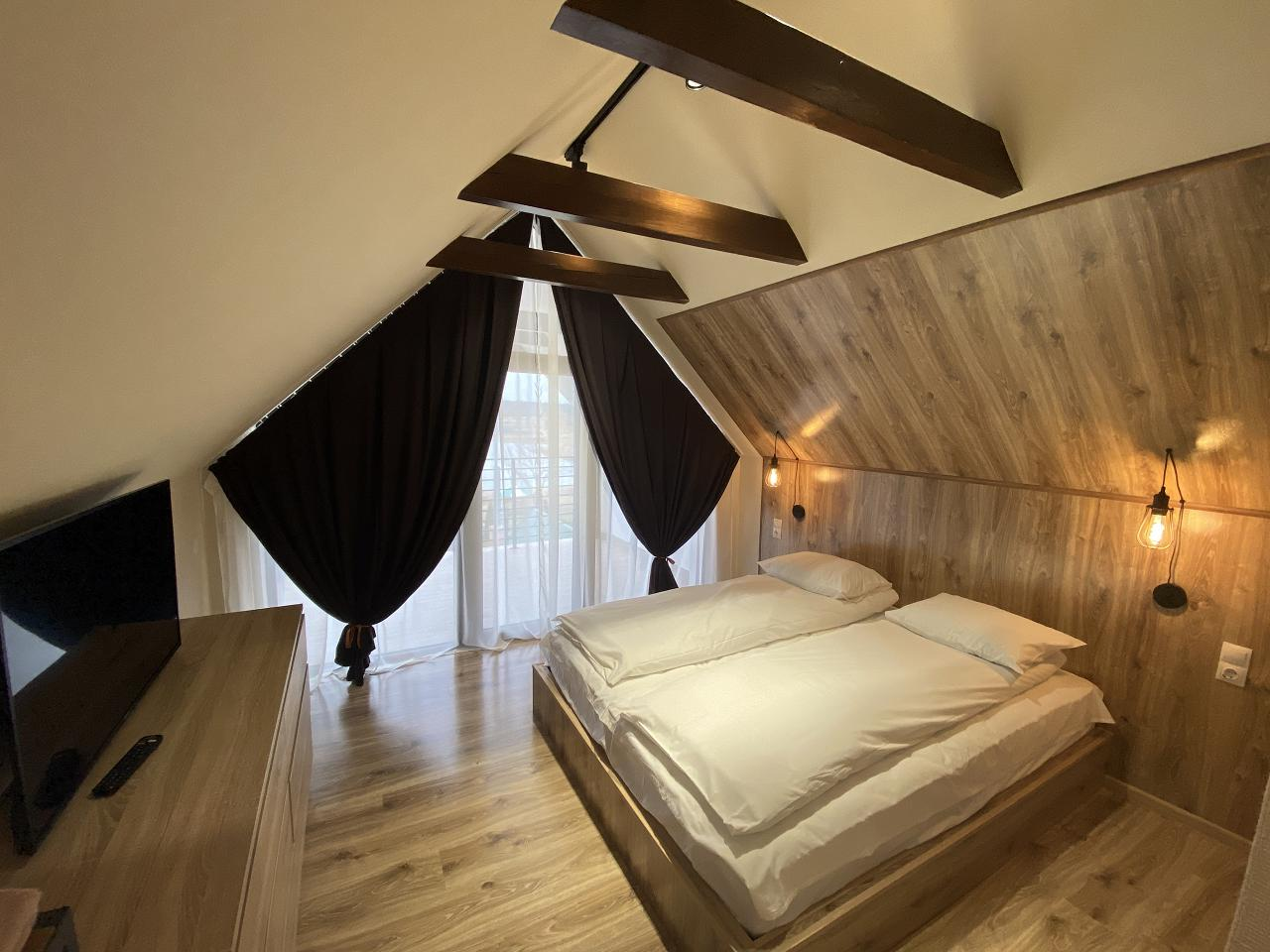 GuestHouse (2)
