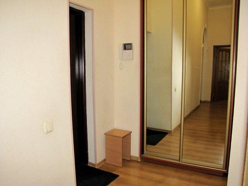 Сдается большая двухкомнатная квартира. Центр (4)