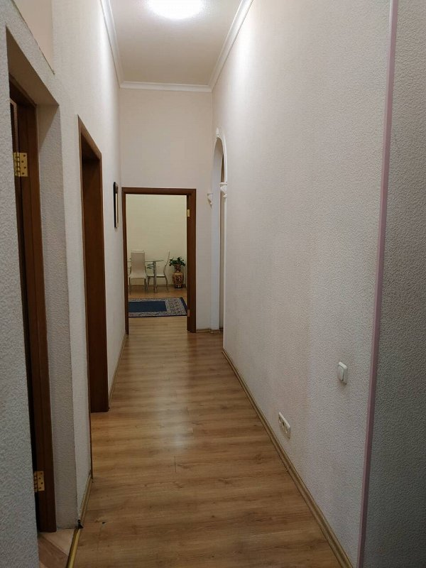 Сдается большая двухкомнатная квартира. Центр (5)