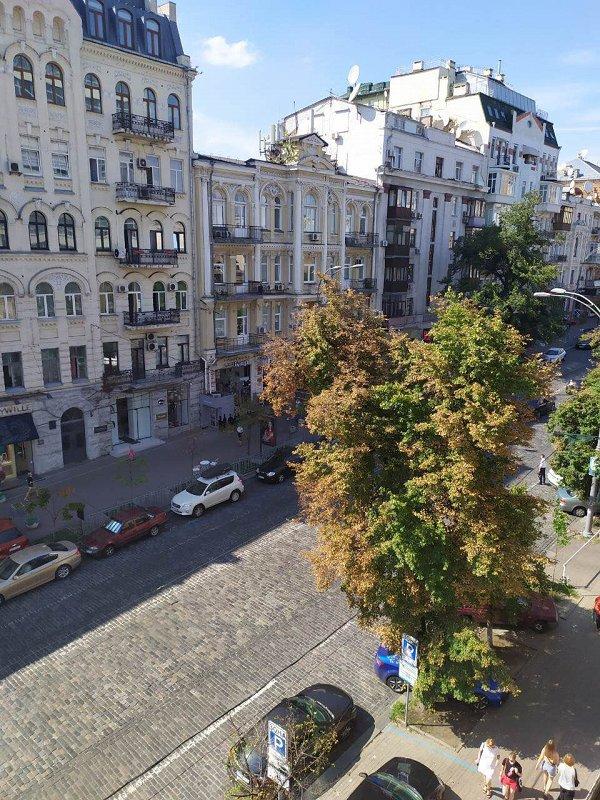 Сдается большая двухкомнатная квартира. Центр (8)