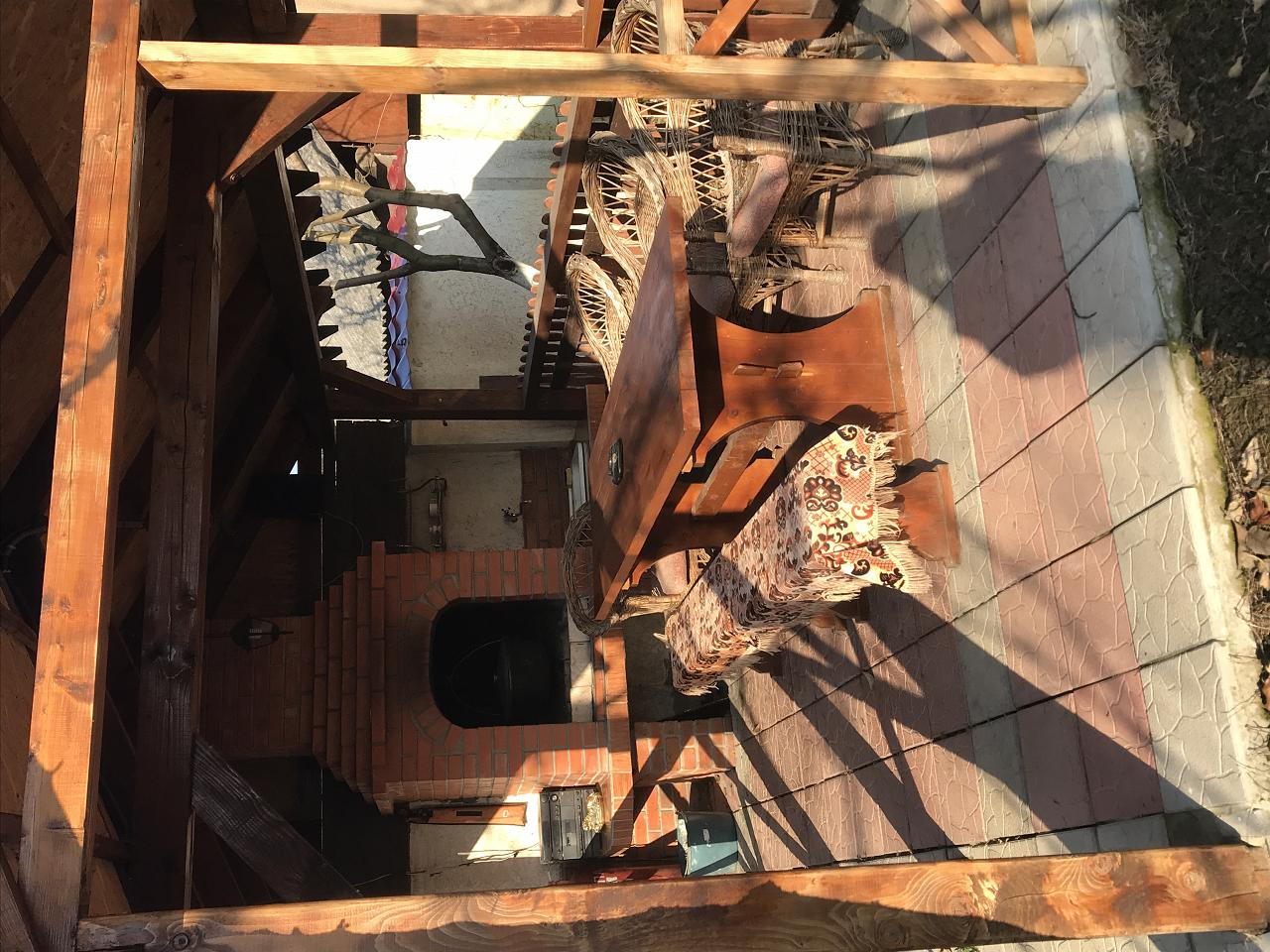 Сдаю двухкомнатный дом посуточно в г Берегово (7)