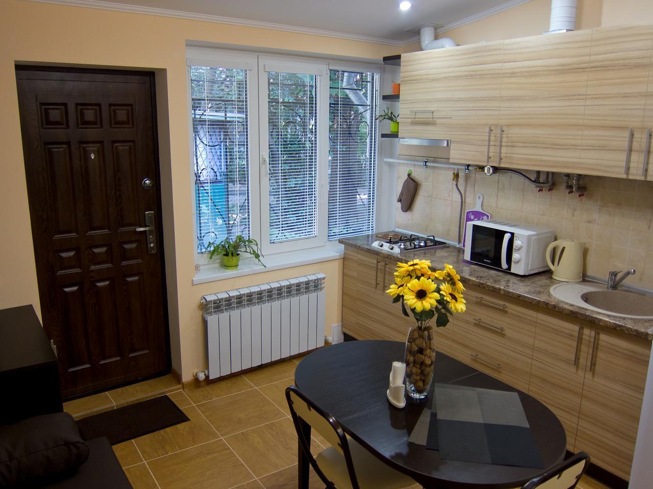 1-кімнатна квартира подобово, Ялта, вул. Пушкінська, 13