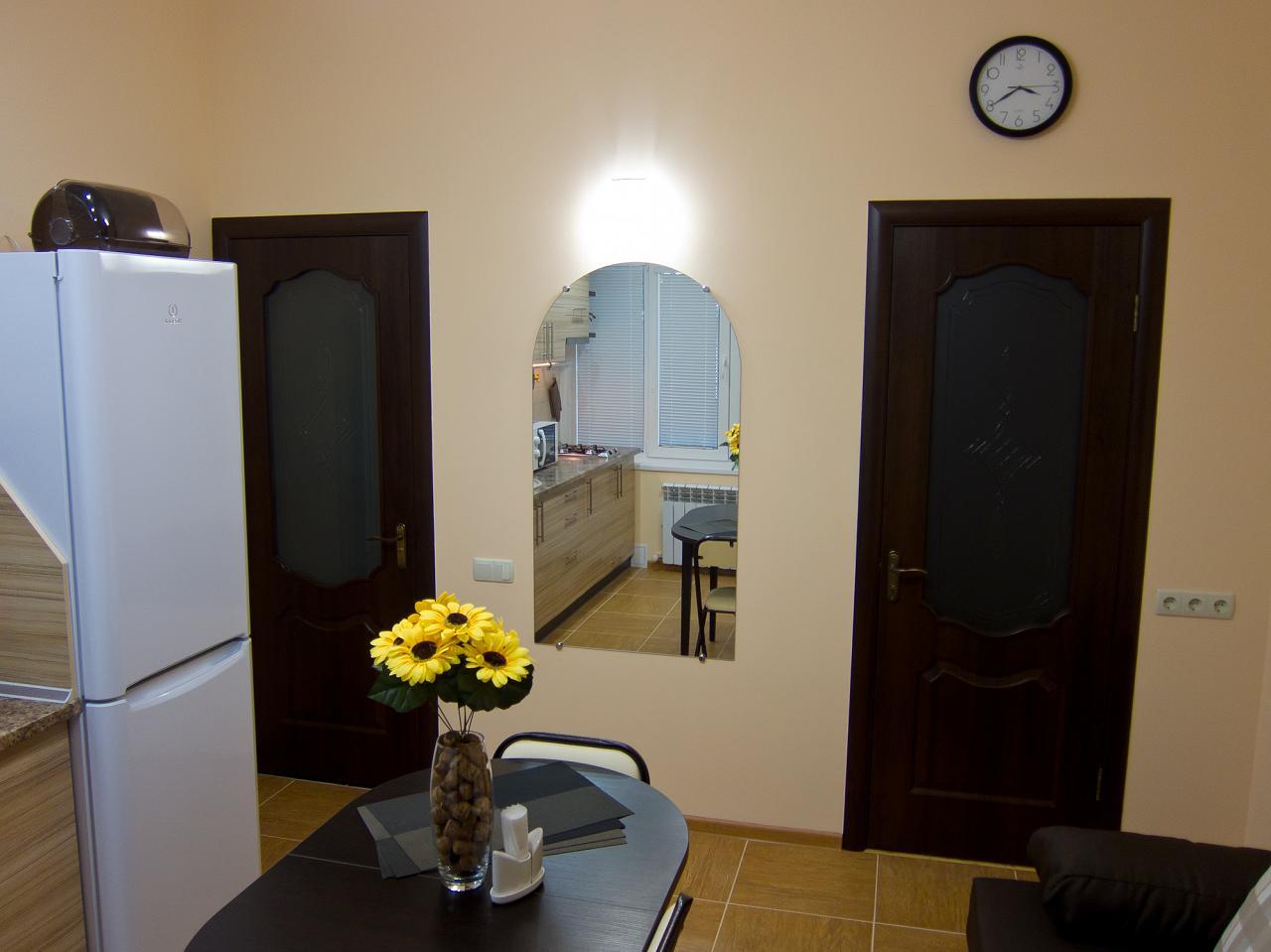 1-кімнатна квартира подобово, Ялта, вул. Пушкінська, 13 (3)