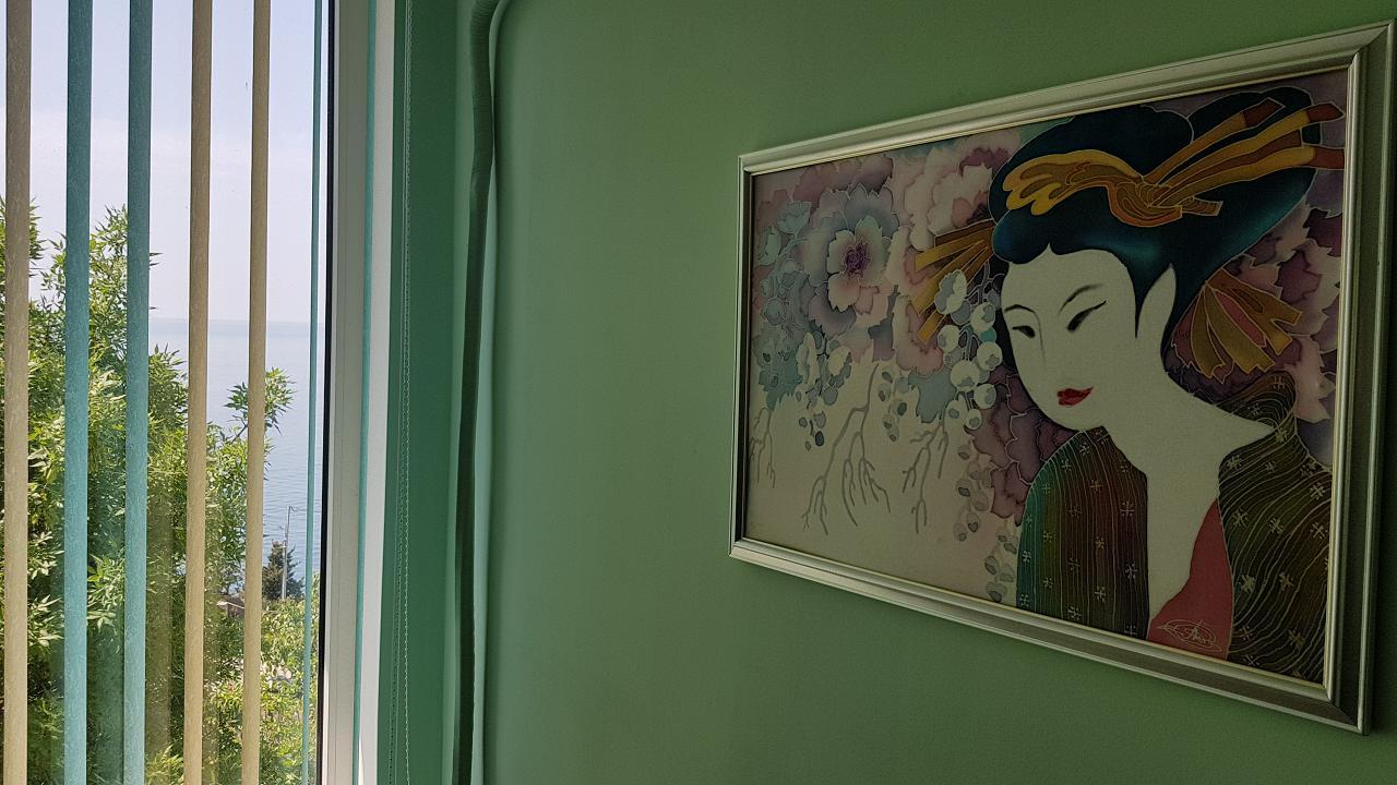 Третий видовой этаж дома в Кастрополе. Две раздельные спальни. Беседка, мангал. (6)