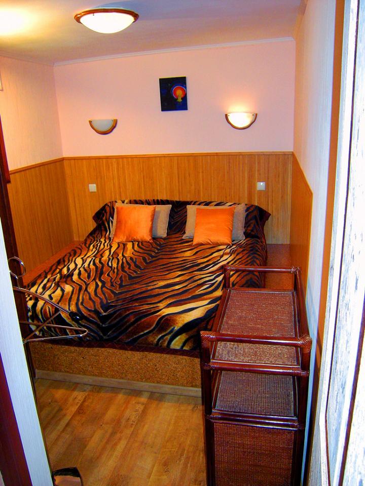 Дом на Ялтинском курорте Мисхор в Гаспре с большим персональным двором (5)