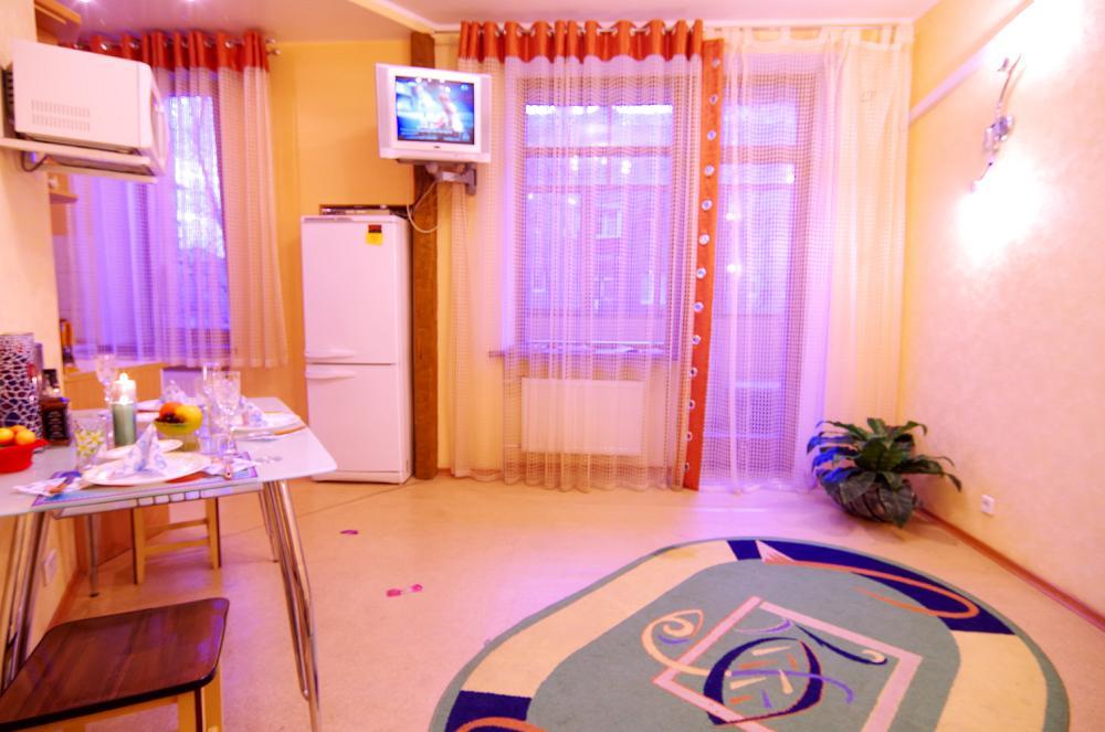 Научная, уютная 2-комн. квартира (7)