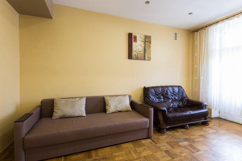 Cдам посуточно свою трёхкомнатную квартиру в центре Харькова (4)