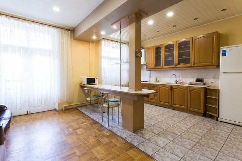 Cдам посуточно свою трёхкомнатную квартиру в центре Харькова (5)