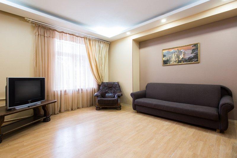 Cдам посуточно свою трёхкомнатную квартиру в центре Харькова (10)