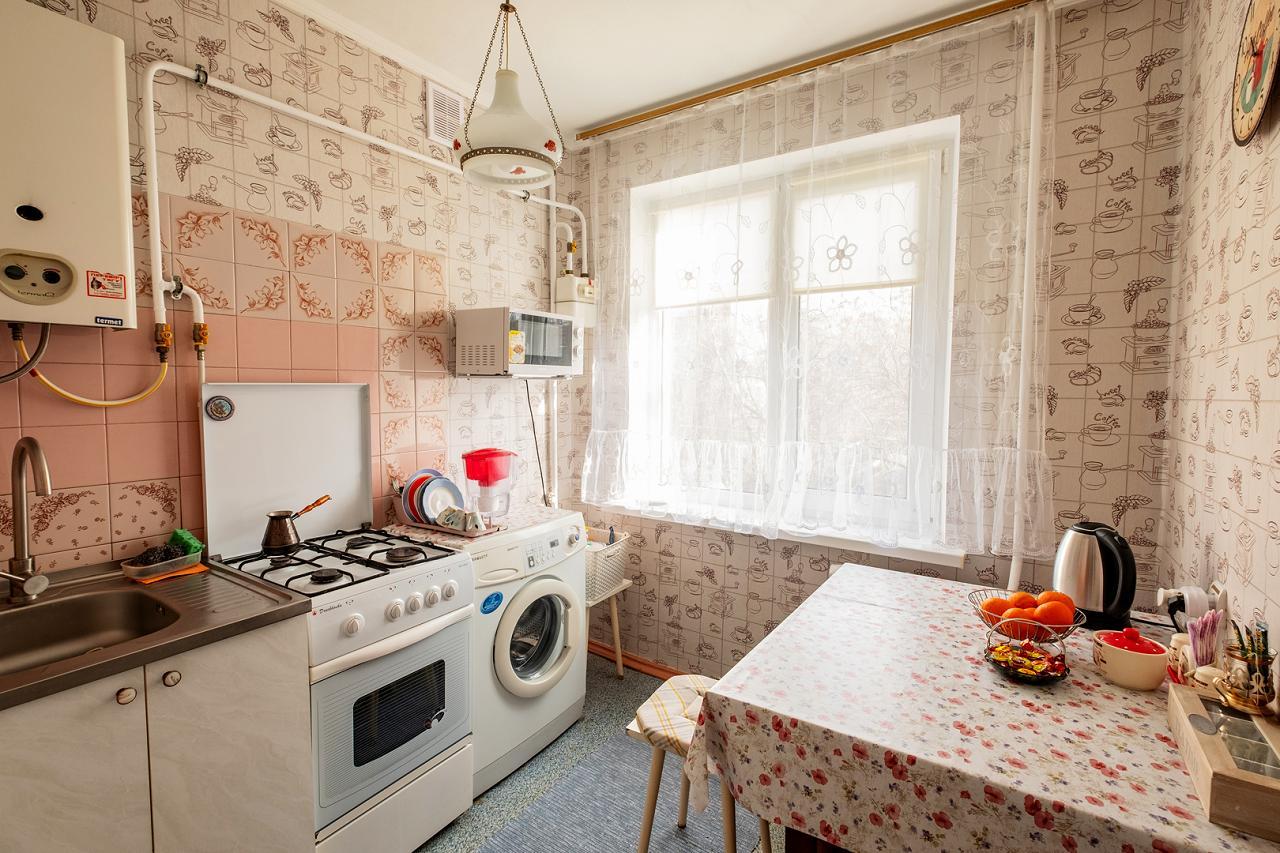 По-домашнему уютная 1 комнатная кв. в Центре, 3 – я Слободская, 3 спальных места (5)