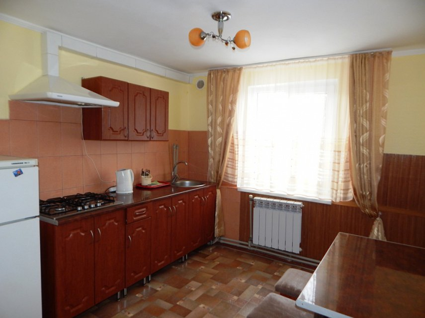 1-комнатная квартира посуточно, Моршин, ул. Леси Украинки, 25 (4)