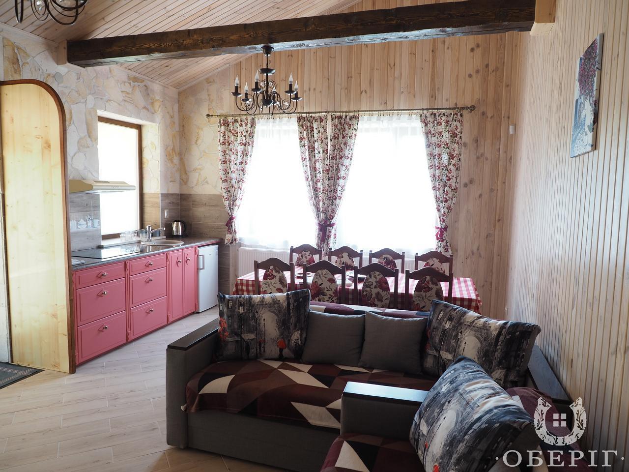Двухэтажный коттедж-апартаменты люкс с двумя спальнями (1)