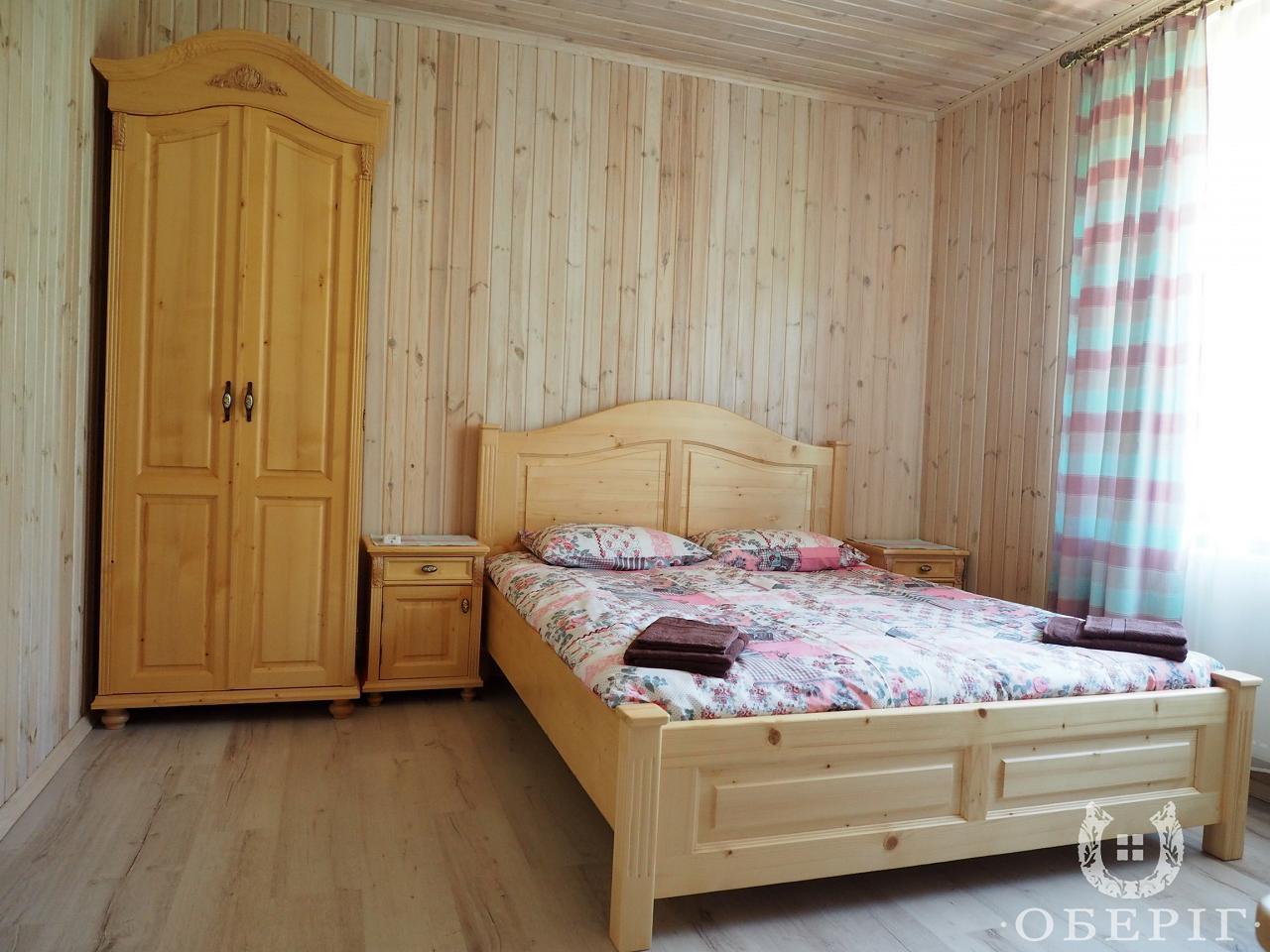 Двухэтажный коттедж-апартаменты люкс с двумя спальнями (4)