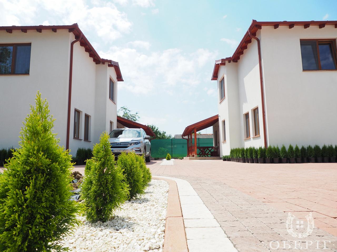 Двухэтажный коттедж-апартаменты люкс с двумя спальнями (8)
