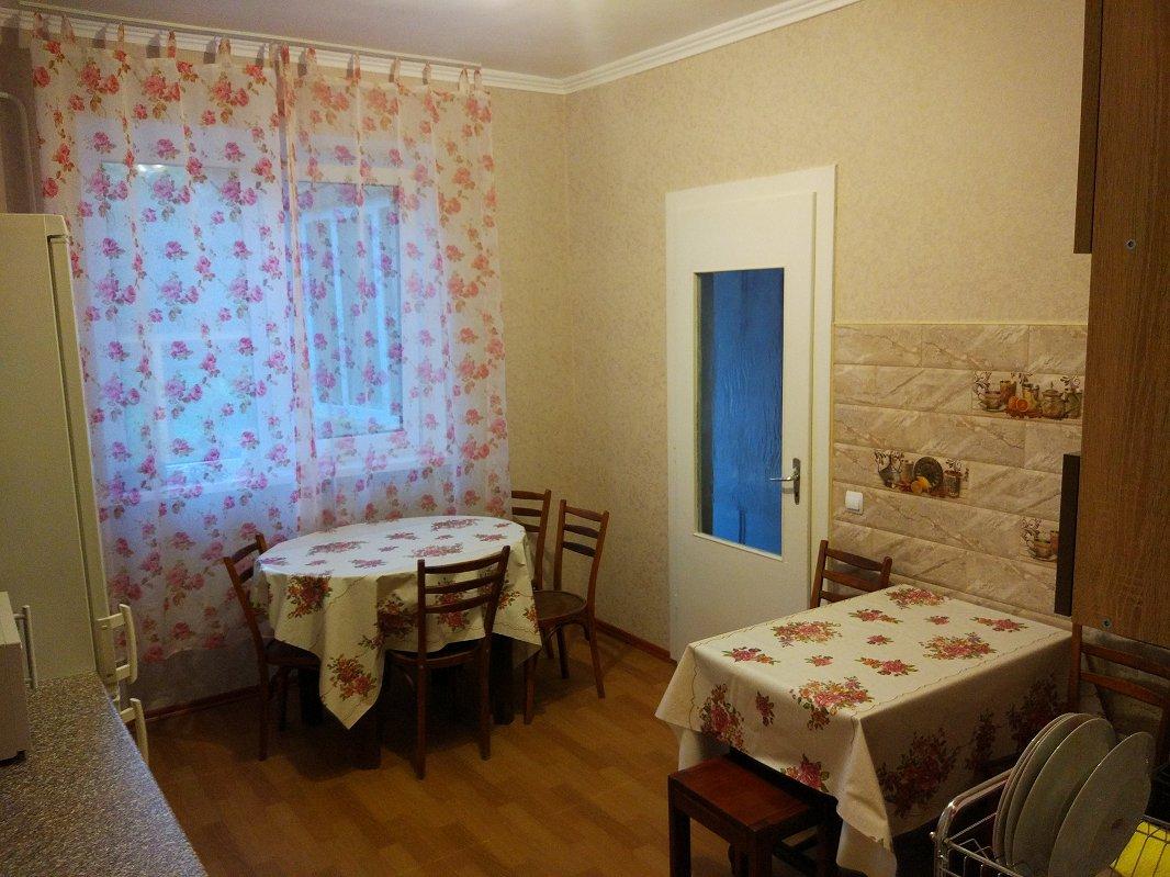 Сдаются посуточно отдельные комнаты в небольшом частном одноэтажном доме (4)