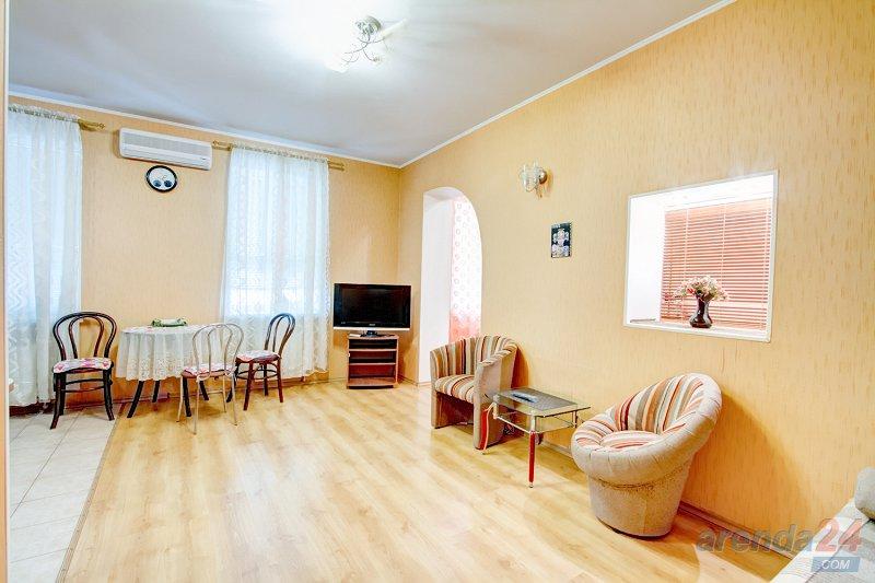 Уютная студия и спальня Александровский пр-т