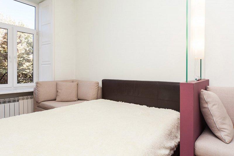 1-кімнатна квартира подобово, Одеса, вул. Дерибасівська, 19 (1)
